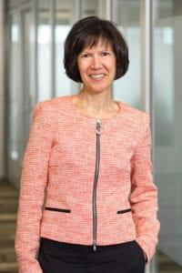 Luciana Larkin, Consultant, Business Advisory